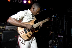 Tosi-nAbasi-Performs-The-Woven-Web-on-his-Ibanez-tam10