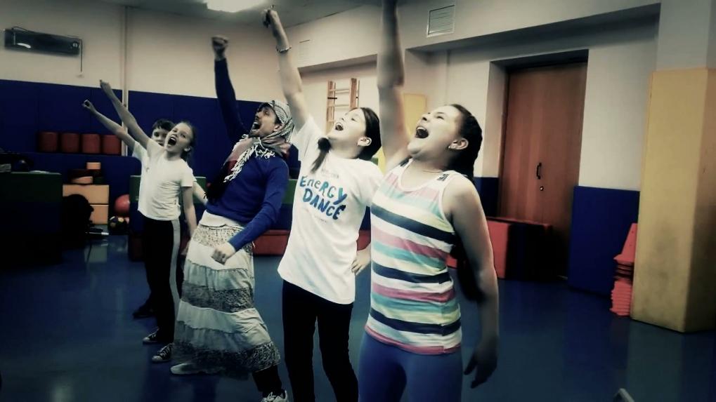 Energy Dance.Hip-hop crew